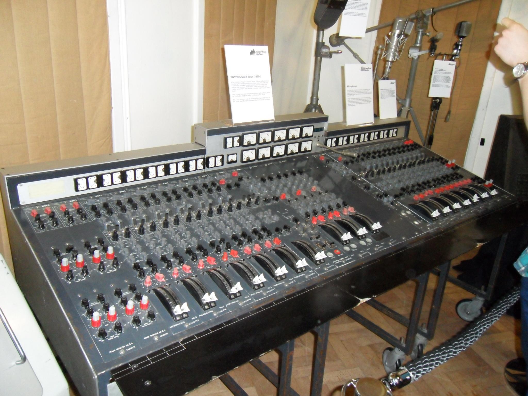EMI TG12345